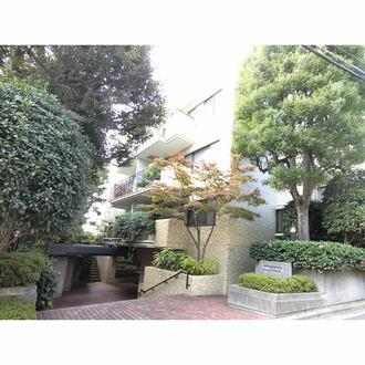 大岡山シティハウスの外観