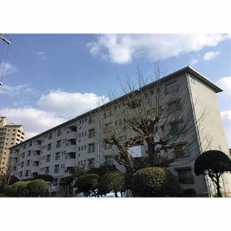 浅香山住宅22号棟の外観
