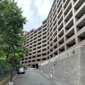 コープ鎌倉の外観