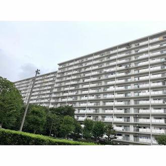 新松戸東パークハウスB棟の外観
