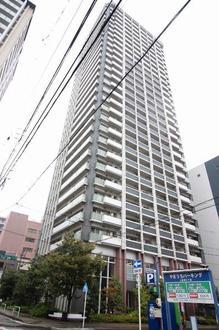 ナゴヤセンタータワーの外観