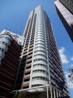 ザ・梅田タワーの外観