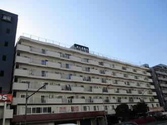 朝日多摩川マンションの外観