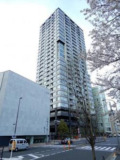 ザ・パークハウス白金二丁目タワーの外観