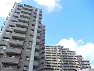 コアマンション和白東パセオの外観