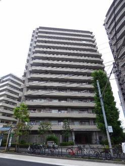 コスモ浅草桜橋リバーステージの外観