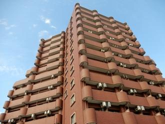 ライオンズマンション南福岡中央の外観