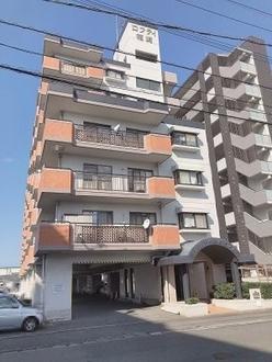 ロフティ箱崎201通りの外観