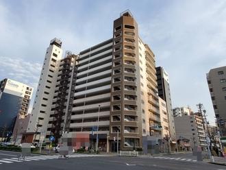 新栄町ハイツの外観