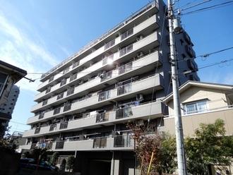コスモ浦和根岸2番館の外観