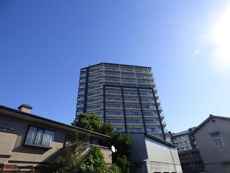 レノス船堀ブライトタワーの外観