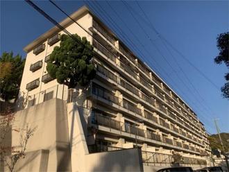 岡本パークマンションの外観