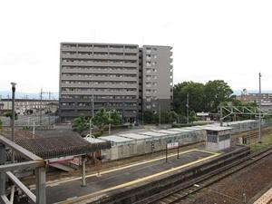 エスリード高田駅前の外観