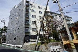 ニュー夙川マンションの外観