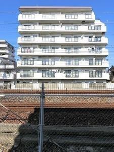 メイクアップハイツ須磨浦の外観